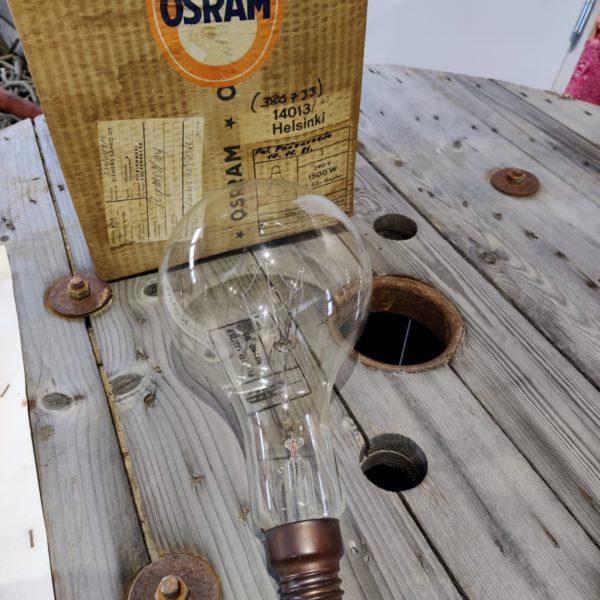 1500w lamppu